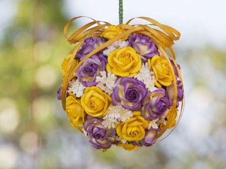 Esferas florales para decorar tu matrimonio �desde la ceremonia hasta la recepci�n!