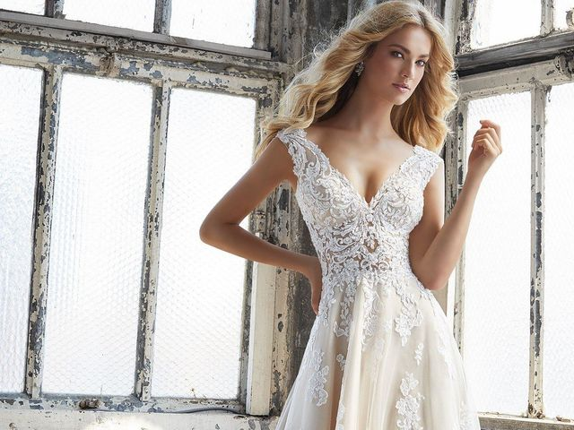Vestidos de novia con escote V: luce una figura estilizada y muy sensual