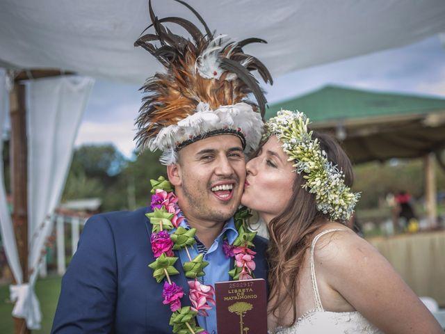El matrimonio Rapanui de Natalia y Marcelo