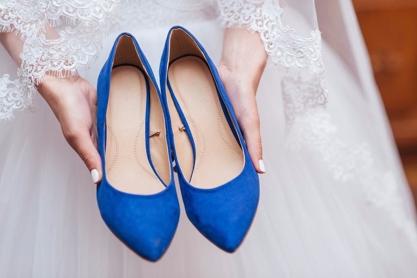 2 matrimonios, 2 zapatos. ¿Cuál son los tuyos? 2