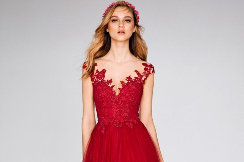 c134adb21 33 vestidos de fiesta rojos 2019  ¿te atreves