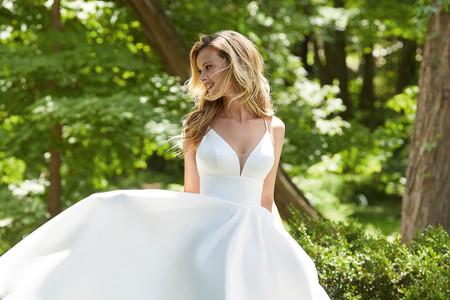 Explora las 6 colecciones de vestidos de novia de Morilee 2022 para elegir tu estilo y verte deslumbrante