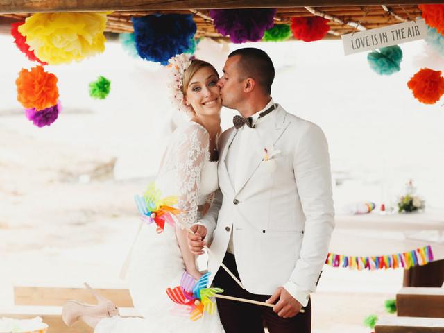 Ideas impactantes para decorar con pompones su matrimonio