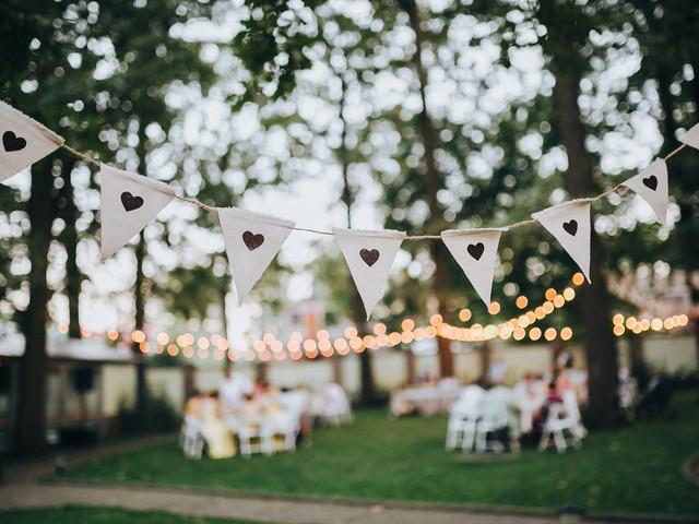 Guirnaldas para matrimonio: decoración con cadenetas ¡la tendencia más chic!