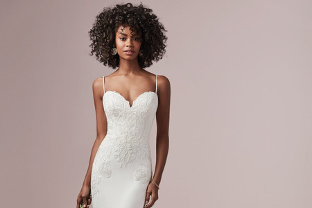 Vestidos de novia 2019 con escote corazón: 30 diseños románticos como tú