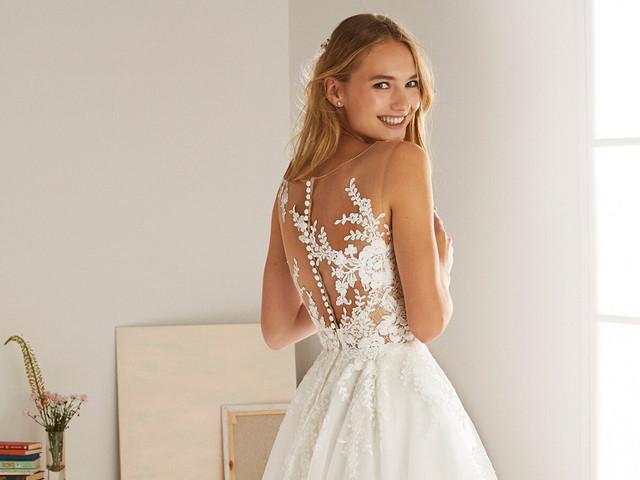 Vestidos de novia 2020 con tatto lace: 50 modelos que te enamorarán