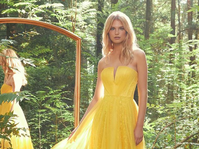 Wonderland 2021: enamórate de los vestidos de fiesta de Pronovias inspirados en una naturaleza ¡fantástica!