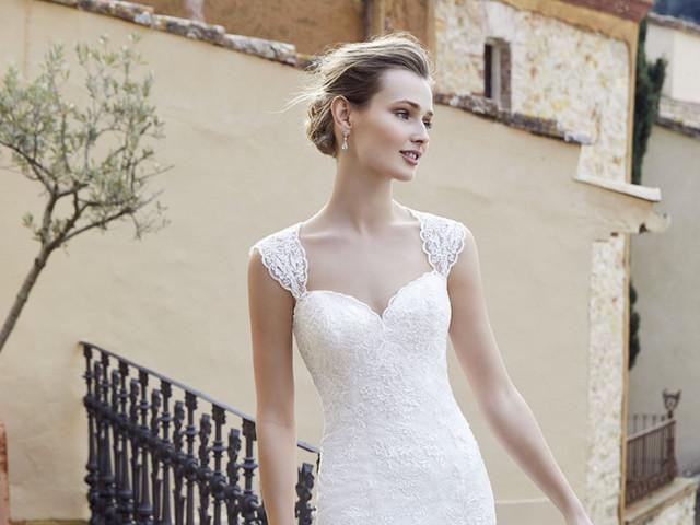 Divina Sposa 2021: vestidos de novia sofisticados y llenos de encanto