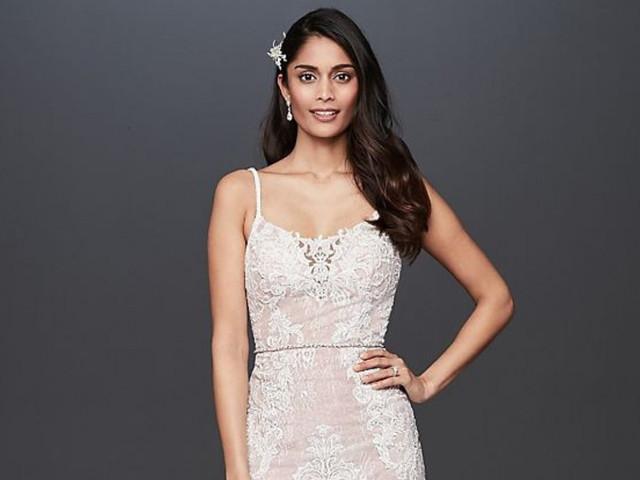Vestidos de novia con escote redondo: 30 modelos que te enamorarán