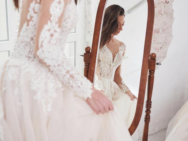Dudas al escoger el vestido de novia