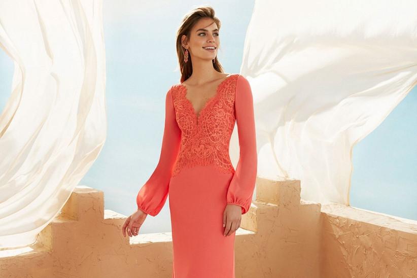 1531a7be2 35 vestidos de fiesta 2019 para la madrina  ¡consigue el look perfecto!