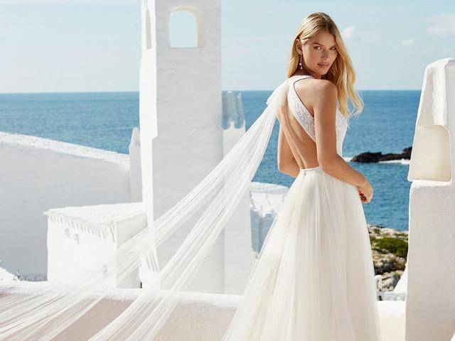 Aire Boho y Aire Beach Wedding 2020: 35 vestidos de novia llenos de desenfado y libertad