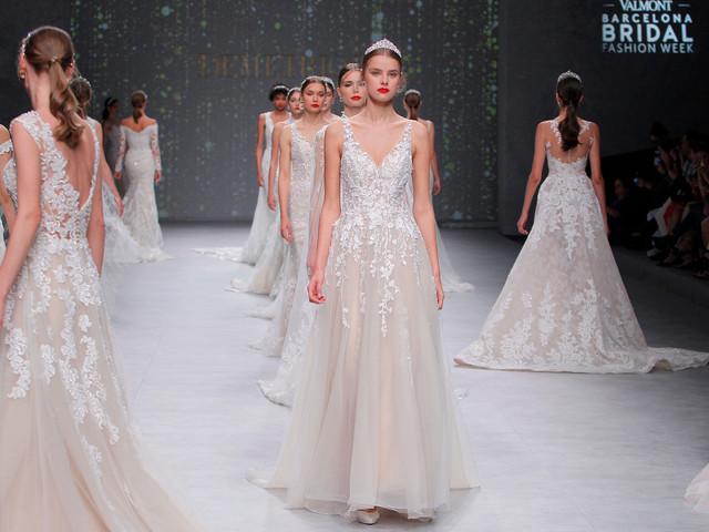 Vestidos de novia Demetrios Platinum 2020: princesas con brillo propio
