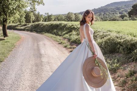 Novia d'Art 2021: vestidos que desbordan encanto y feminidad