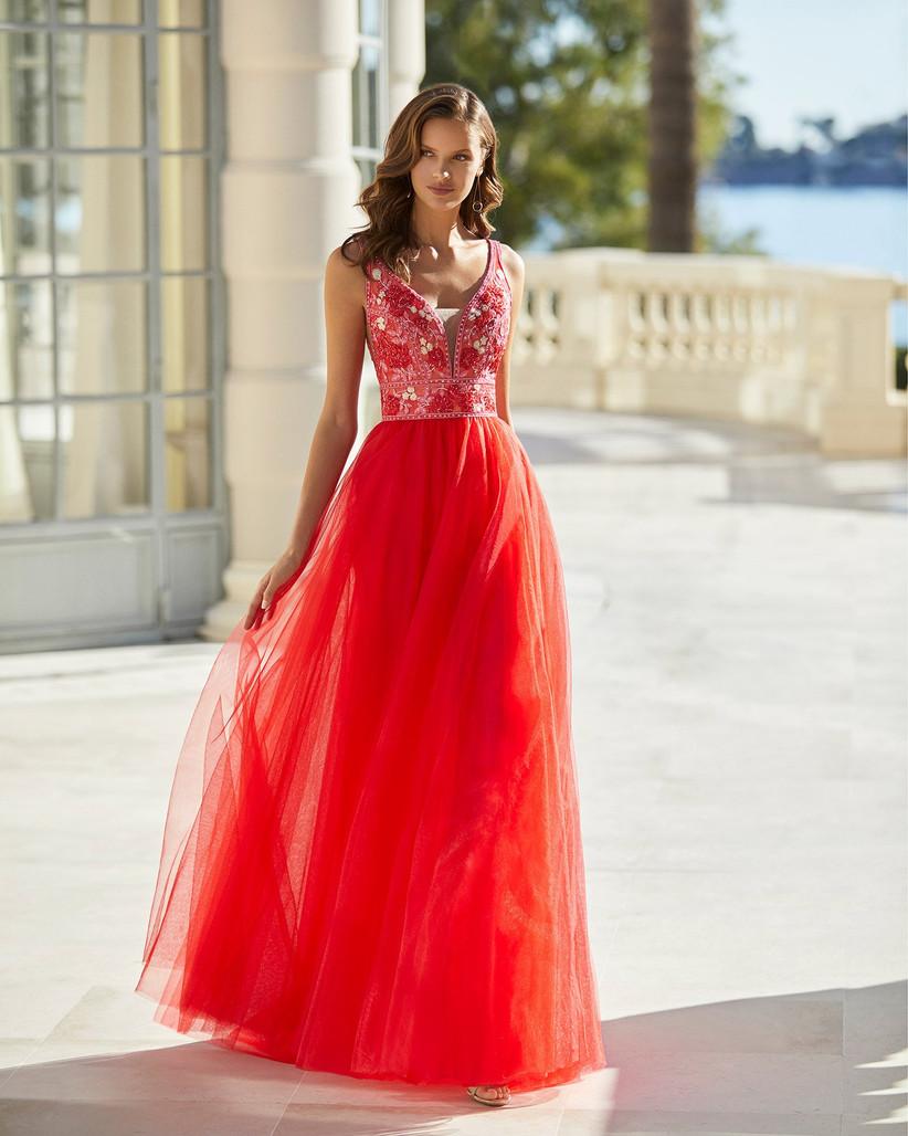 vestido de fiesta rojo con escote V deep plunge