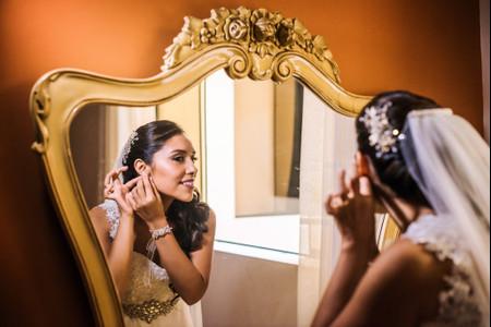 Aretes para novia según la forma de tu rostro: elige el que más te conviene