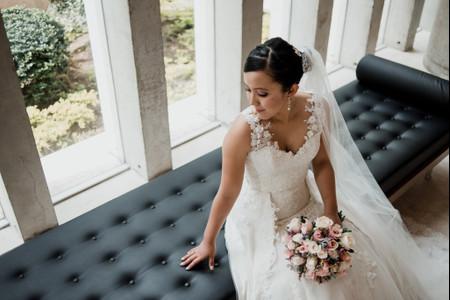 Escotes de vestidos de novia: 12 diseños que debes conocer
