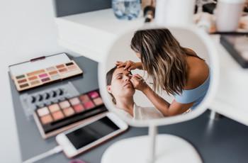 Maquillaje Glow: brilla con lo último en cosmética nupcial
