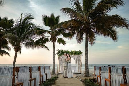 8 estilos de decoración para pasillos de la ceremonia de boda que son tendencia