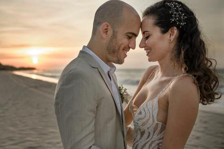 Estas son las 50 canciones para tener la mejor música en su matrimonio en la playa