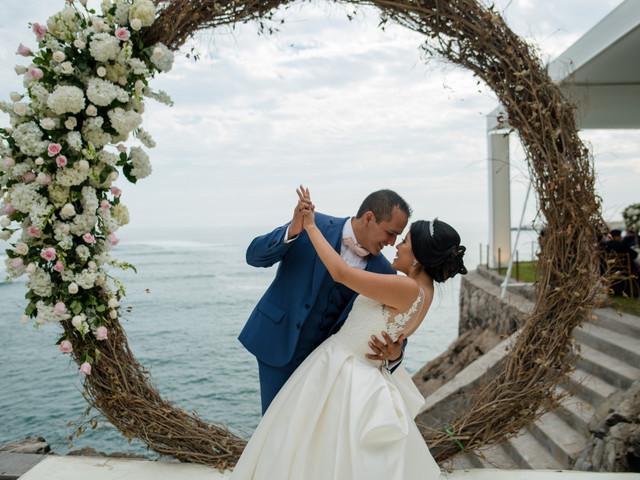 Arcos para su altar: una decoración tendencia para bodas muy románticas