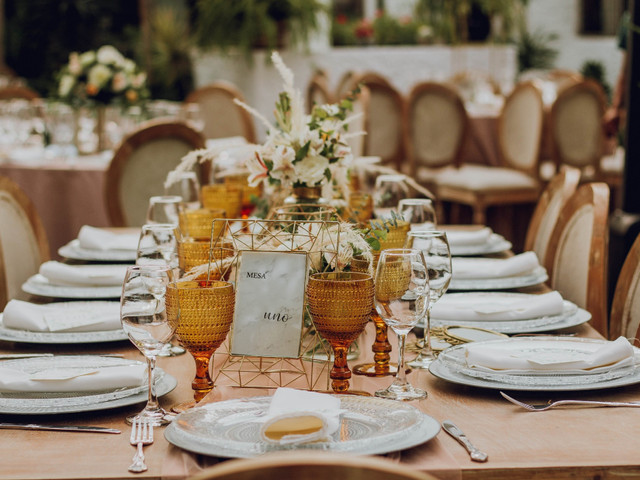 ¿Sin inspiración? Las mejores ideas para decorar las mesas rectangulares de matrimonio