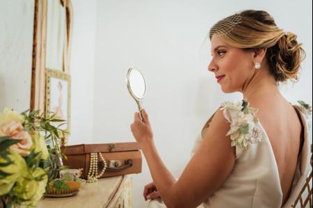 Peinado y maquillaje de novia: 7 secretos que debes conocer (sí o sí) antes de la boda