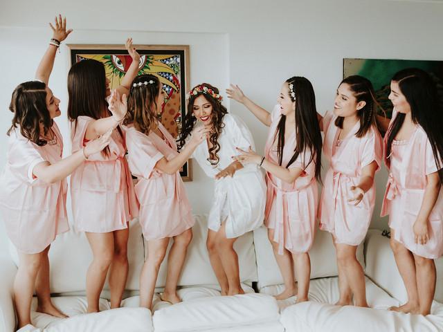 Despedida de soltera: 5 cosas que no te pueden faltar ¡imprescindibles!