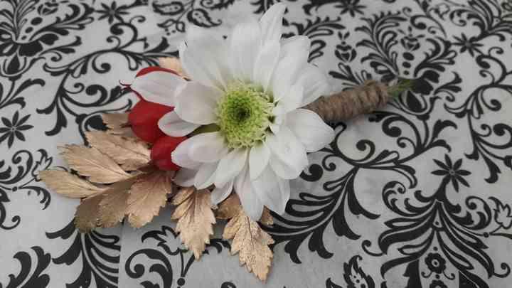 Hypericum Bouquets