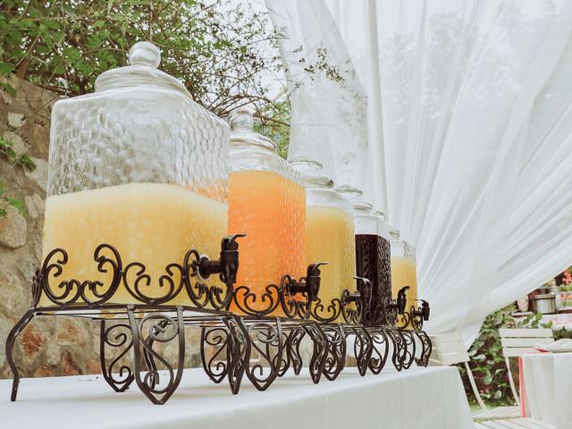 5 claves para armar la mesa de bebidas: ¡organicen la más original y variada!
