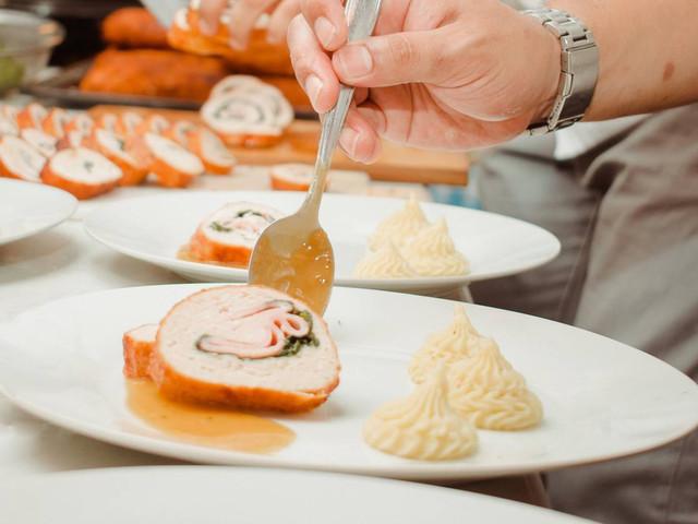 Gastronomía sostenible en su banquete de bodas ¡todo lo que necesitan saber!
