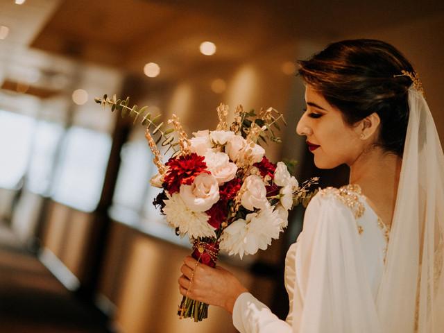 6 ideas para sacar las mejores fotos con tu bouquet de novia