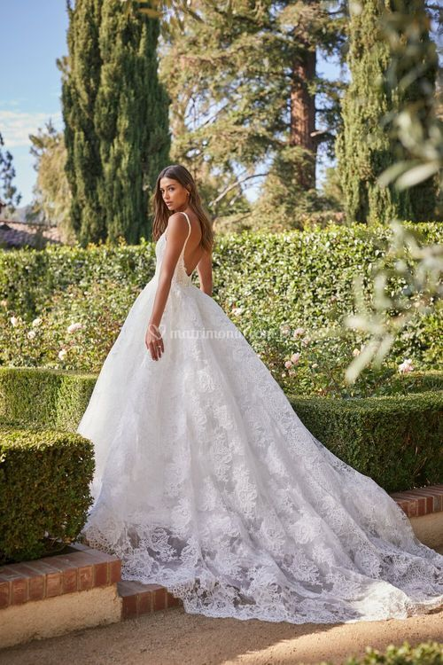 Magnificent, Monique Lhuillier