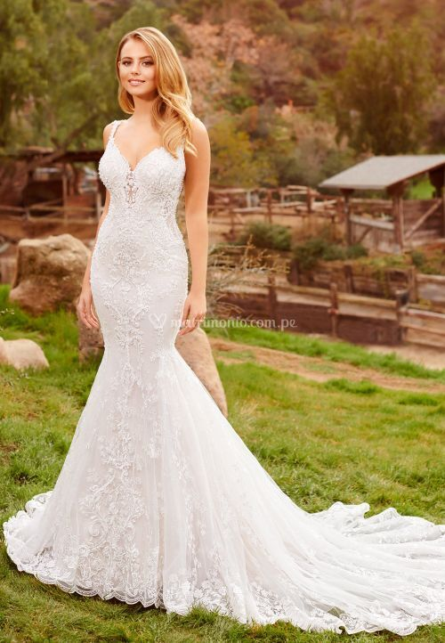 220262, Mon Cheri Bridals