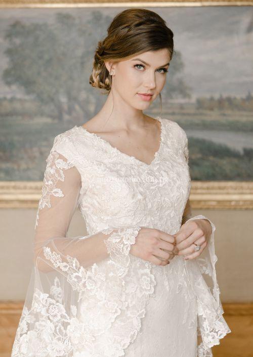tr22056, Mon Cheri Bridals