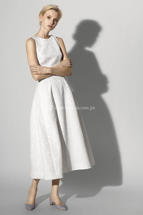 look 25, Carolina Herrera