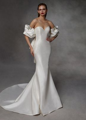 DYLAN, Badgley Mischka