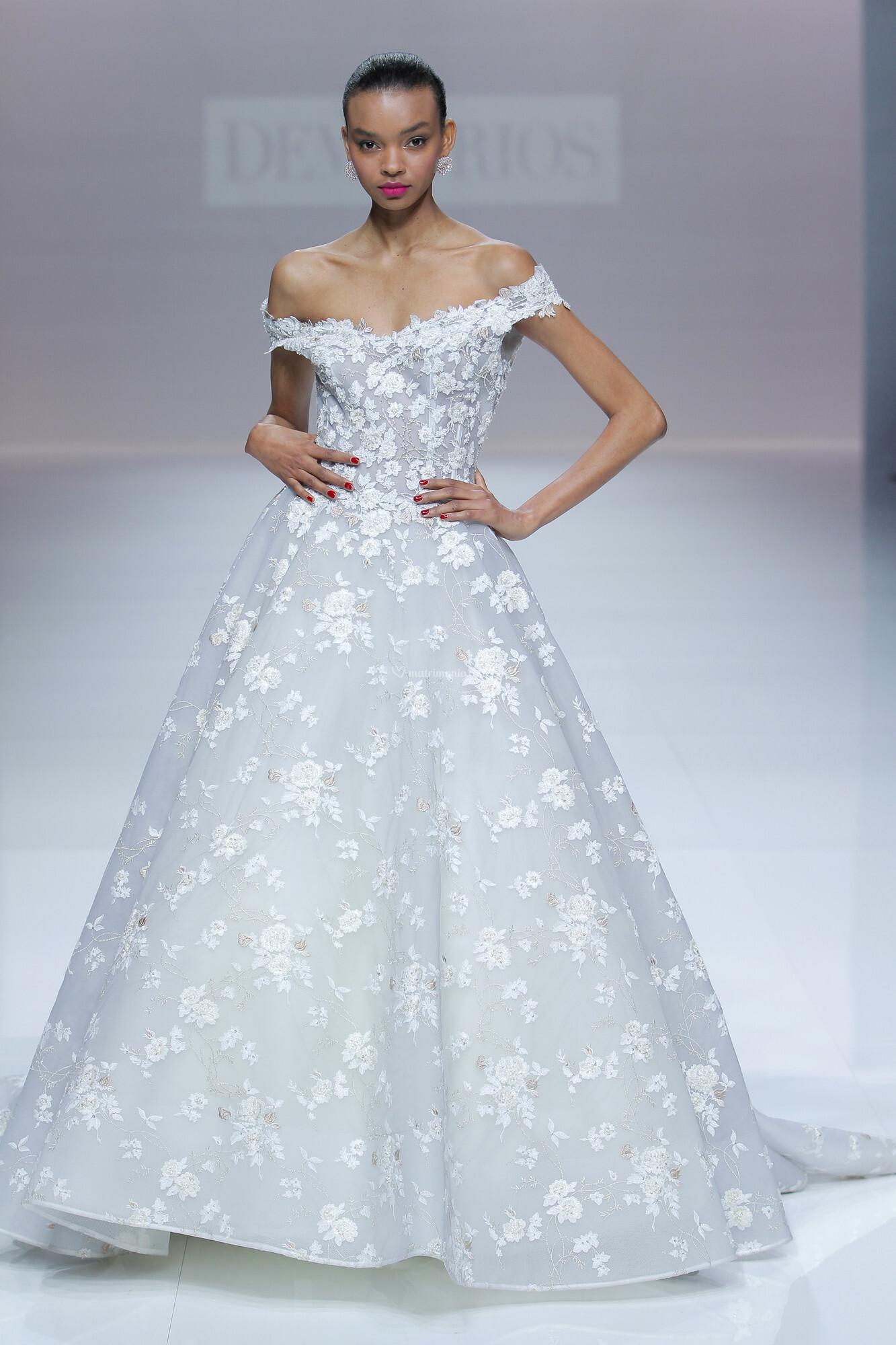Dorable Vestido De Novia Victorio Y Lucchino Vignette - All Wedding ...