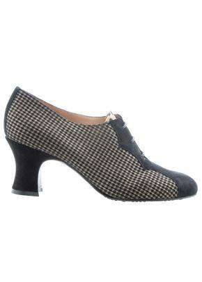 0371_2019_Shoes20_a, Mascaró
