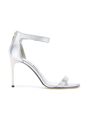 SILVER LEATHER ANGE, Oscar de la Renta