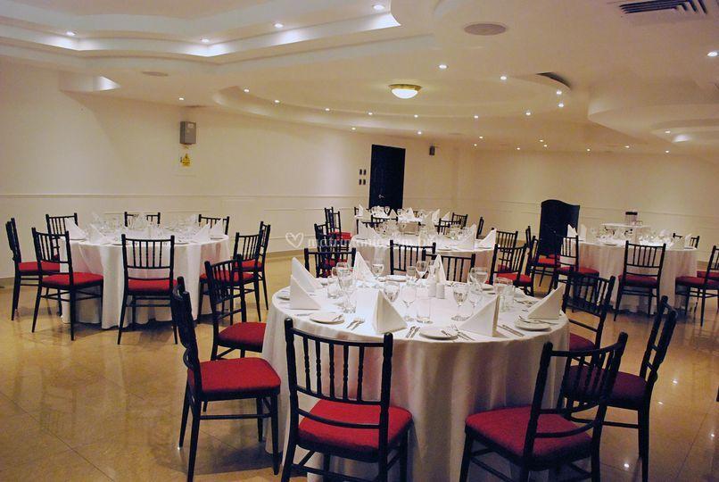 Bth hotel for Jardin restaurant madison