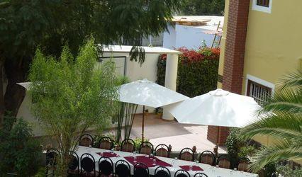 Hotel Queen's Villa
