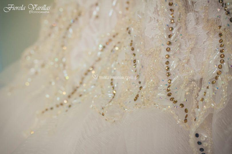 La pedrería del vestido