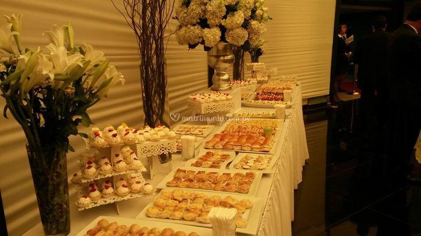Mesa de buffet de 5 metrs