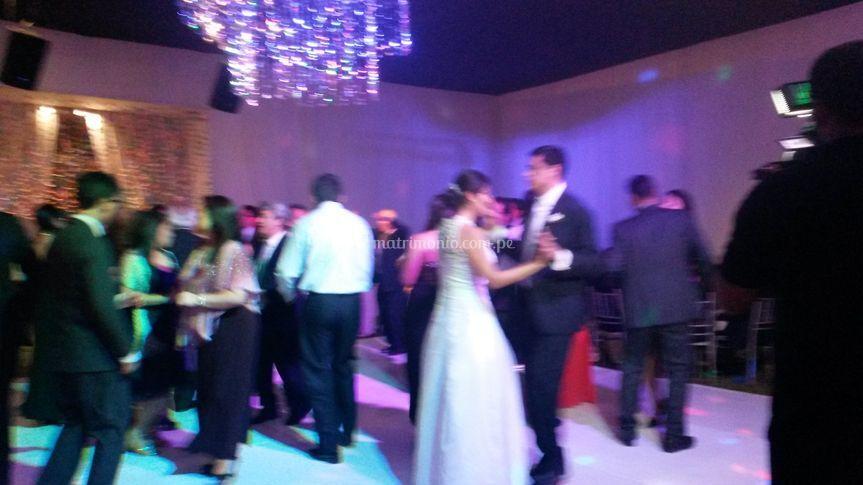 Bodas y más bodas