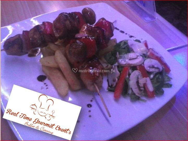 Brochetas con chanpiñon