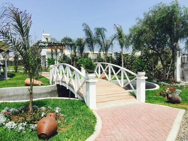Puente ornamental