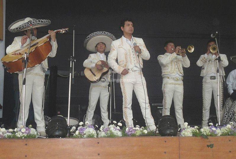 Mariachi Azteca Cusco