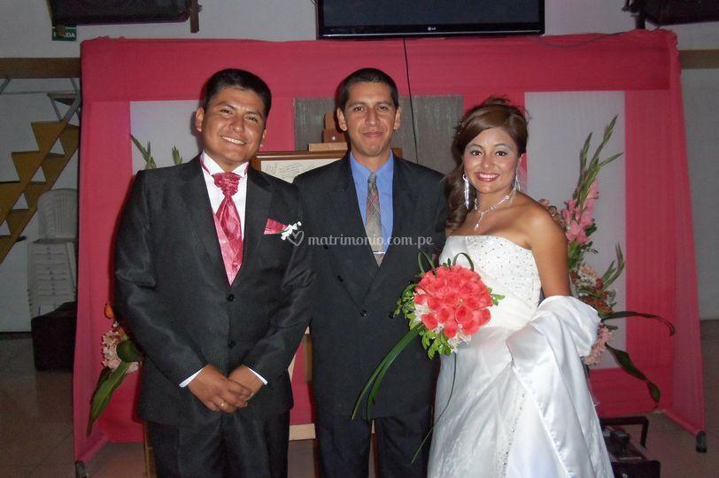 Con los recién casados