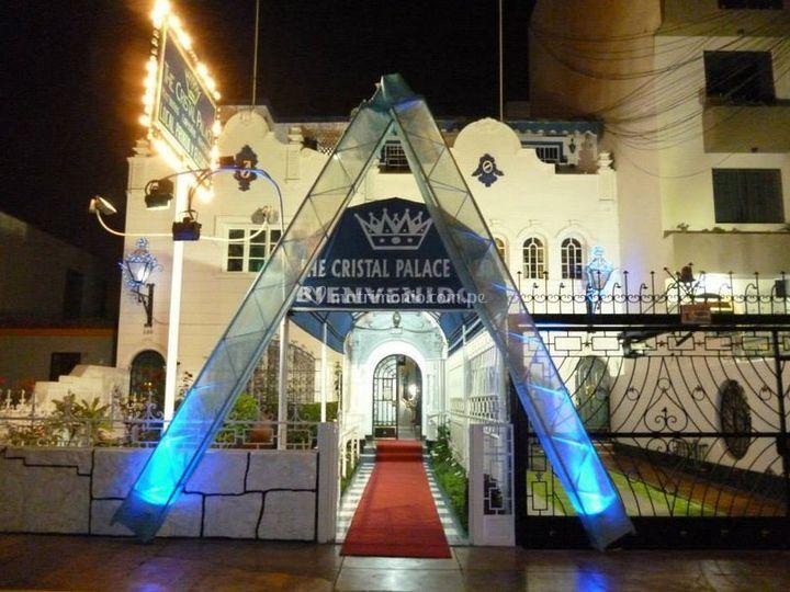 The Cristal Palace Club